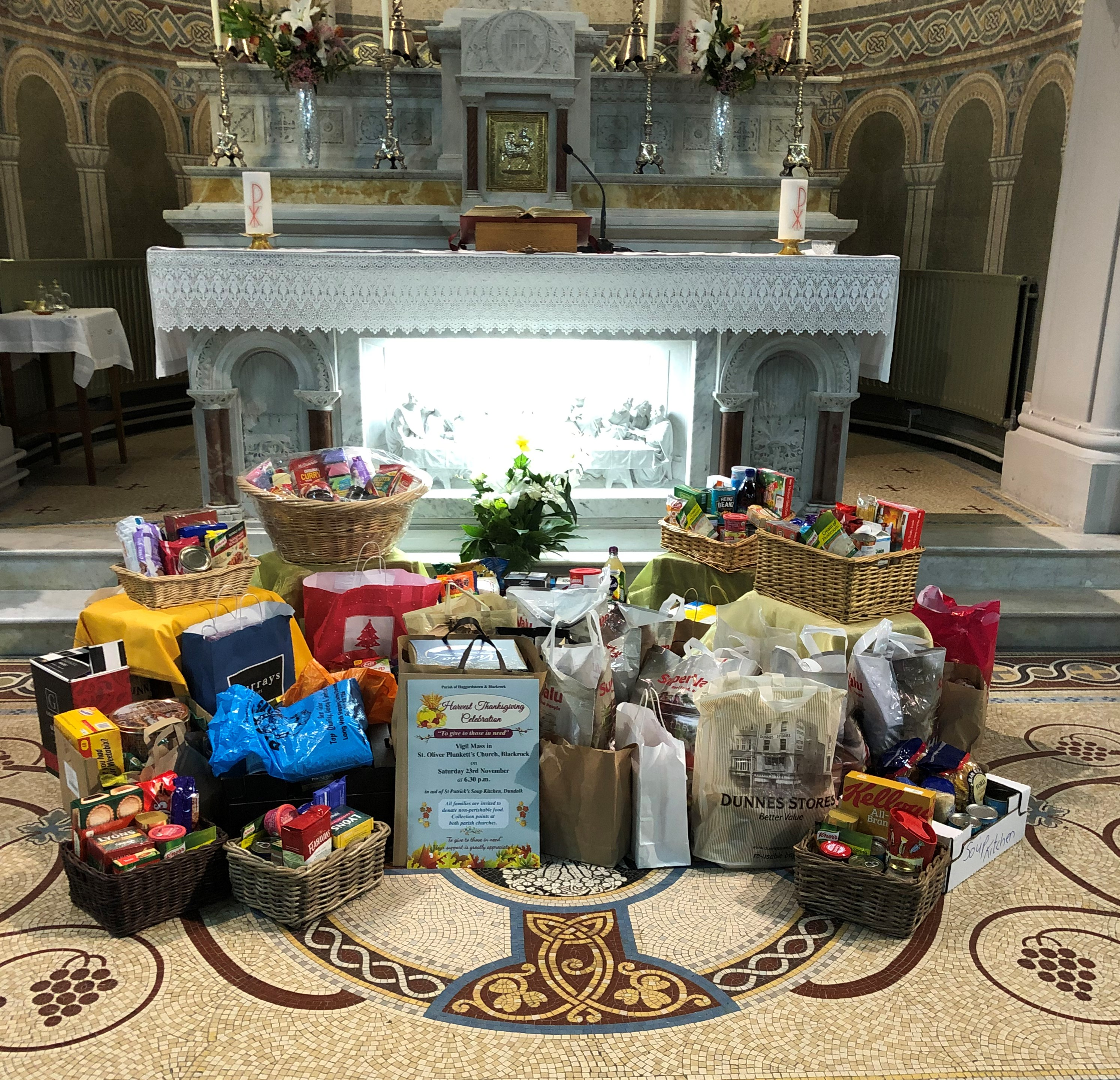 St Pat' parish soup kitchen food parcels (2)
